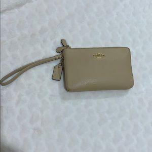 Coach double zip wristlet used